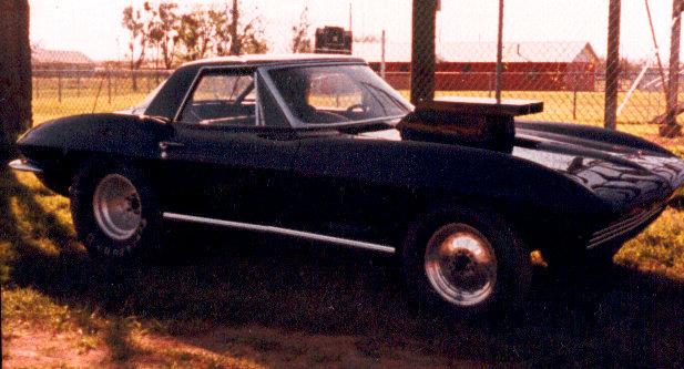 Recherche Corvette '67 modèle Coupe 67vetteside-1